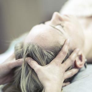 Osteopathische Behandlung in der Praxis Elise Caron in Augsburg
